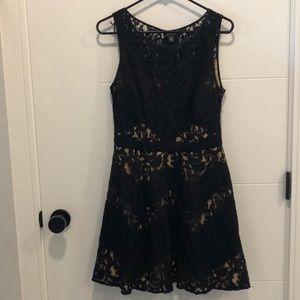 Beautiful Bebe Lace Dress Size 10